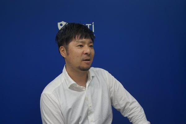 eさくらマーケット_インタビュー中